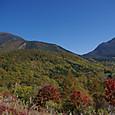 八子ケ峰より蓼科山(左)と北横岳